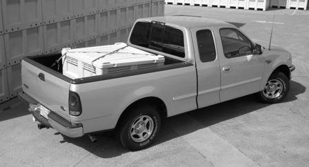 macrobins-pickup-truck